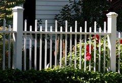 gaeden fence, picket fence, fence designes, how to